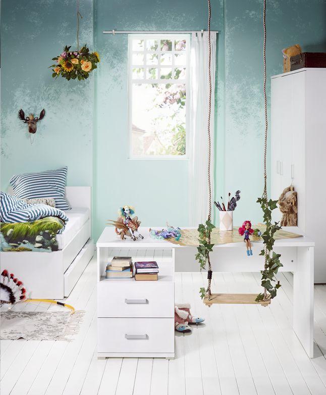 Droom volledig weg in deze mooie stijlvolle slaapkamer Marie met comfortabel bed, praktisch bureau, en kast met alle ruimte voor je kledij. #Slaapkamer #Bed #Bureau #Kleerkast #Collishop