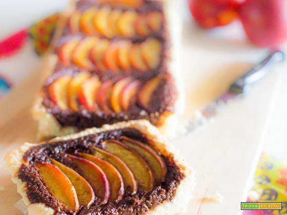 Crostata di pesche e amaretti al cacao  #ricette #food #recipes