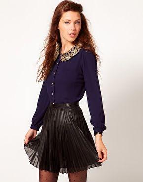 Purple dress black collar necklace