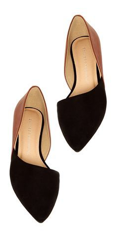 43 Woman's Simple Flat Shoes For Your Summer https://femaline.com/2017/04/13/43-womans-simple-flat-shoes-for-your-summer/