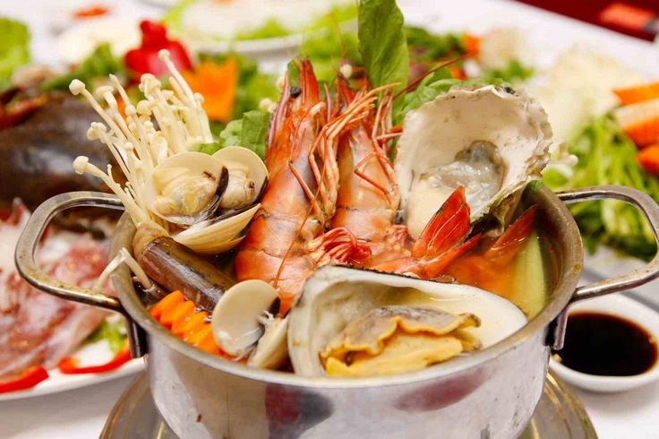 Local Seafood Restaurant In Da Nang    #Seafood #SeafoodRestaurant #SeafoodRestaurantinDanang #Danang #Danangvietnam #vietnamholidays #vietnamholidaypackages #vietnamtypicaltours #foodindanang #Checkindanang