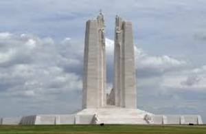 Mémorial Canadien de Vimy ( Nord Pas de Calais ) cliquez sur la photo et trouvez les adresses des chambres d'hôtes à proximité