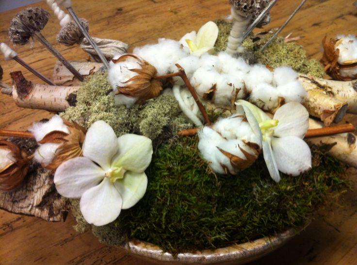 Lang houdbaar bloemstuk zonder al die nep zijde of foambloemen.