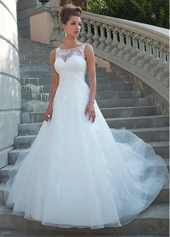 Stylish Tulle Scoop Neckline Pure Waistline A-line Wedding ceremony Costume With Lace Appli…