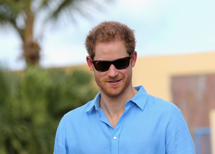 Prince Harry Photos Photos - Prince Harry attends a youth sports festival at Sir Vivian Richards Stadium showcasing Antigua and Barbuda's national sports, on the second day of an official visit to the Caribbean on November 21, 2016 in Antigua, Antigua and Barbuda. Prince Harry's visit to The Caribbean marks the 35th Anniversary of Independence in Antigua and Barbuda and the 50th Anniversary of Independence in Barbados and Guyana. - Prince Harry Visits The Caribbean - Day 2