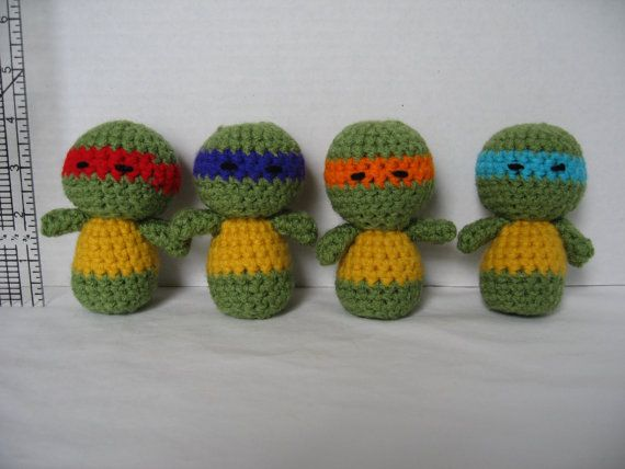 Handmade Crochet Ninja Turtles  Set of 4  Free by JennsMinis