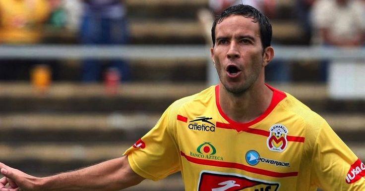 De cara al Clausura 2016 y donde Monarcas Morelia buscará alejarse de la zona de descenso, el cuadro purépecha hizo oficial la incorporación y regreso a sus filas del delantero ...