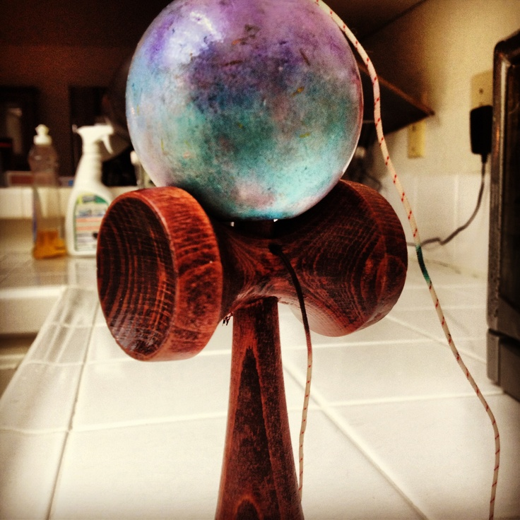 I make GALAXY KENDAMAS! Woot woot
