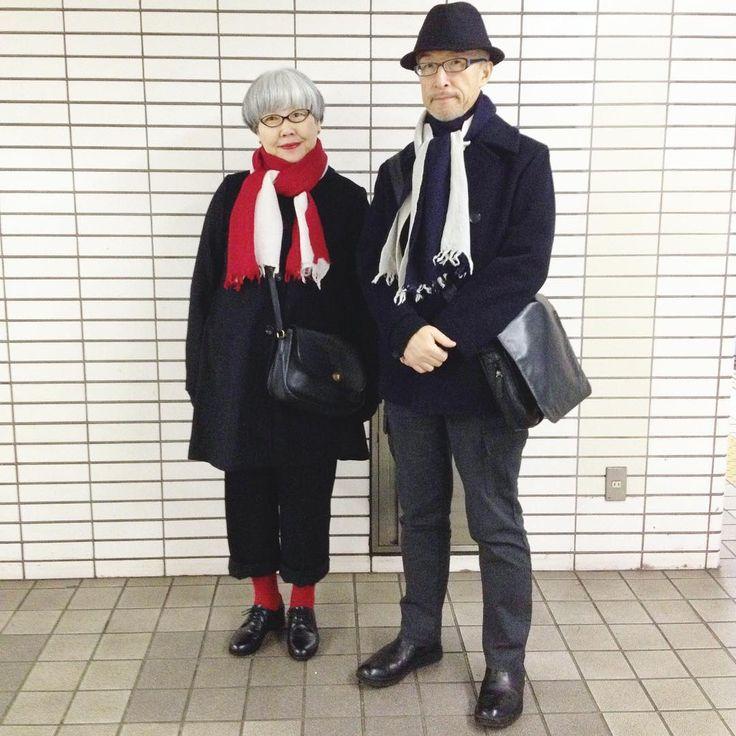 いいね!1,087件、コメント20件 ― bon_ponさん(@bonpon511)のInstagramアカウント: 「娘がプレゼントしてくれたお揃いのマフラー #couple #over60 #fashion #coordinate #outfit #ootd #instafashion #instaoutfit…」