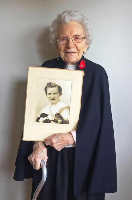 Nursing Sisters Healed the Wounds of War : Blog: Wartime Wednesdays   Elinor…