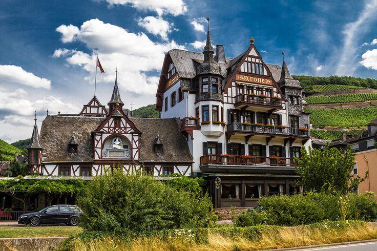 Rüdesheim am Rhein (Hessen)- very best known for wine producing region