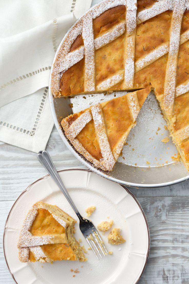 Pastiera napoletana: che Pasqua sarebbe senza il tipico dolce campano?  [Easter dessert: pastiera cake from Naples]