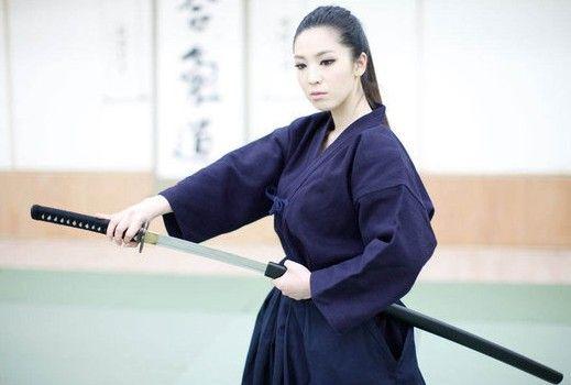 """Hidup seorang samurai mirip kembang sakura yang berumur singkat, """"Kematian adalah hal yang pasti, namun bagaimana cara matinya diserahkan kepada masing-masing individu yang hidup"""""""