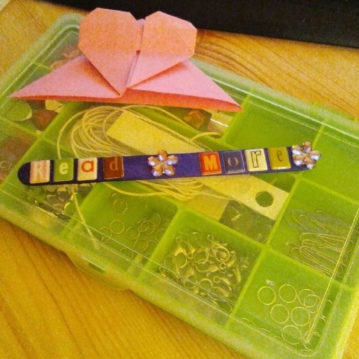 #Crafting #Bookmarks #Origami #Heart #Lollipop #Stick #Alphabet #First #Attempt #ukindielitfest #WMVBSAB #BookSigning
