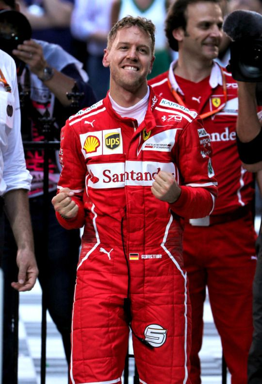 Sebastian Vettel's Australian GP 17 victory. His first since Singapore 15