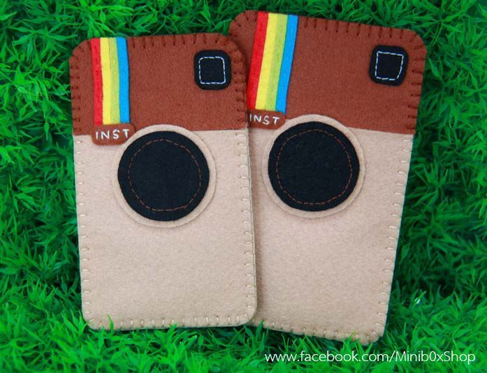 bd7cfcce1d2055 felt mobile phone case for instragram lovers <3 | Sewing | Felt phone, Felt  mobile, Felt phone cases
