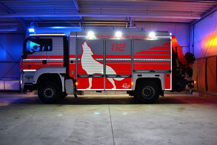 Rüstwagen Kran RW-Kran Berufsfeuerwehr Wolfsburg
