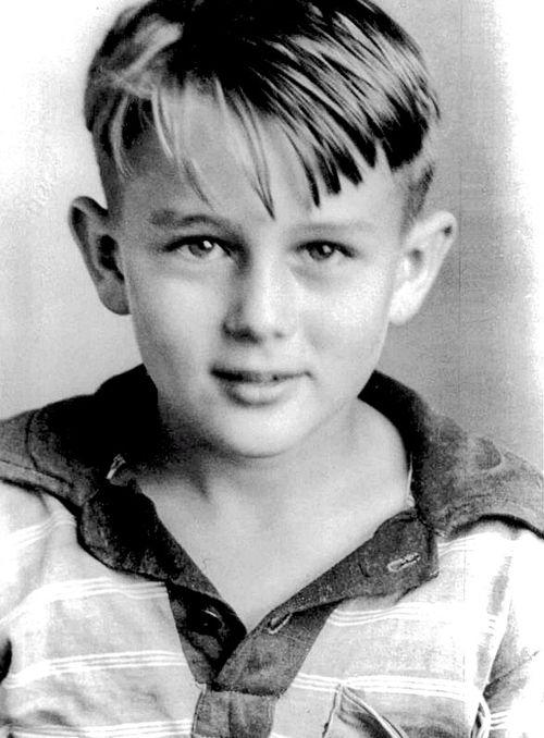 O pequeno James Dean.