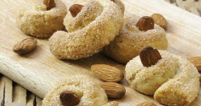 Riporto alla luce questi buonissimi biscotti per partecipare alla raccolta di Sandra e Anna: E' già da diverso tempo che l'olio ex...