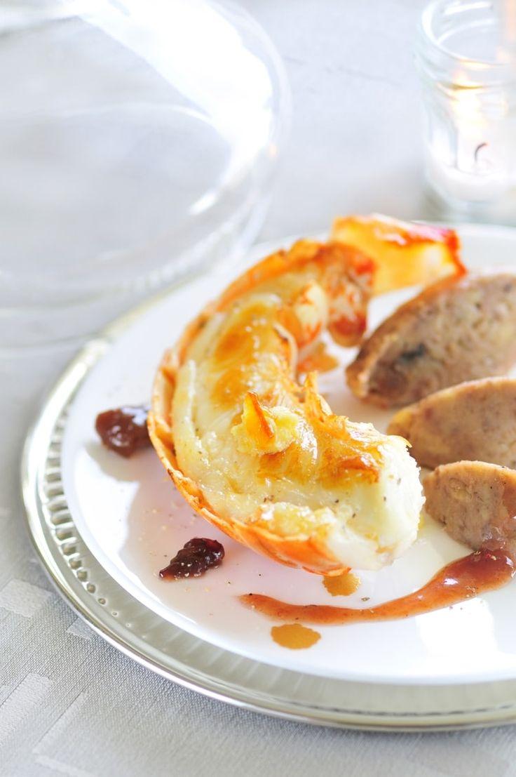 Langouste rôtie en carapace au beurre d'orange, marrons laqués à la confiture de quetsches