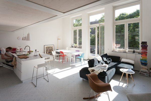 An Old Amsterdam School Is Converted Into 10 Apartments - Photo 11 of 15 -