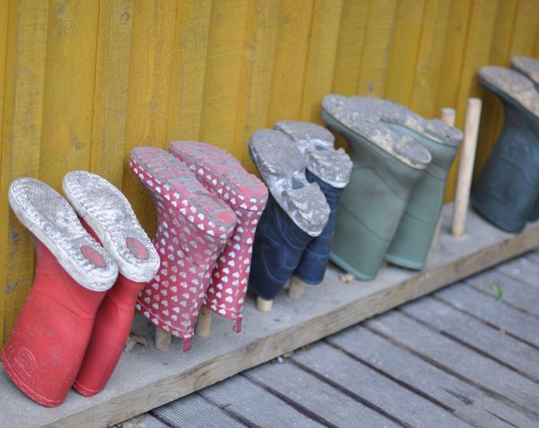 i would like to make something like this for snow/rain boots - organize, outdoor