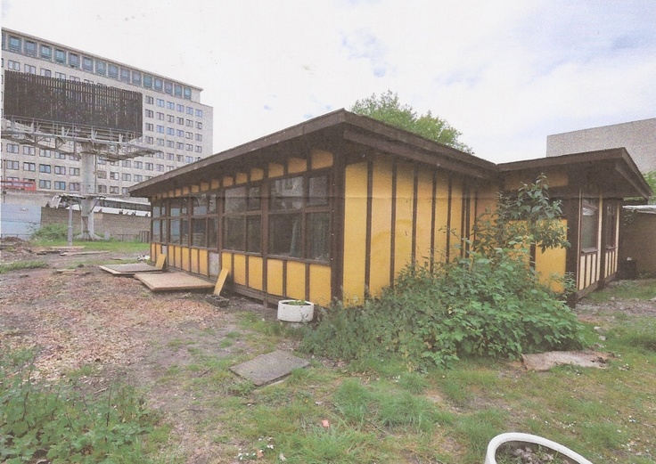Walter Segal's Coin Street Building before it was relocated from Waterloo to Stockwell, London and rebuilt by the Oasis Project.