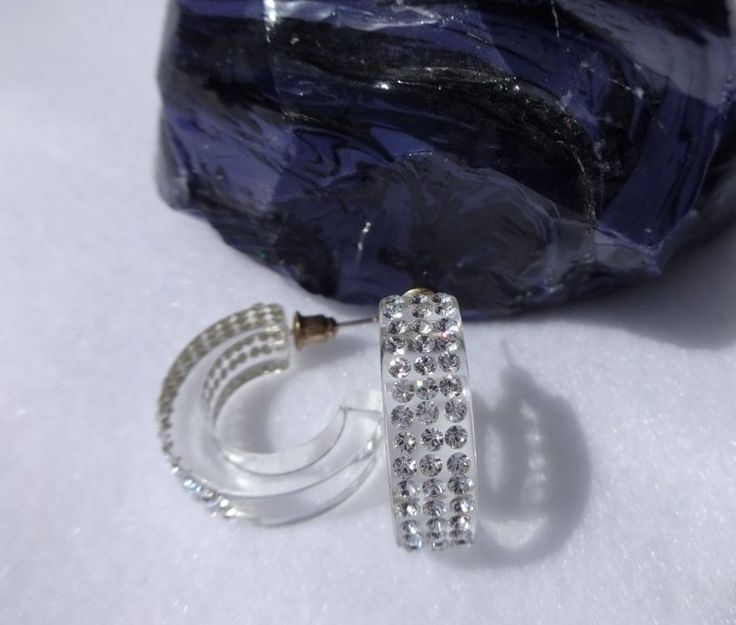 how to clean lucite jewelry
