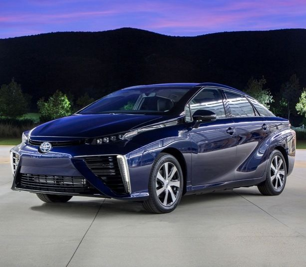 Toyota's hydrogen fuel cell car 'Mirai' coming to America in 2016