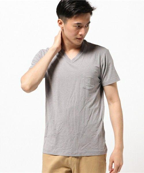【ZOZOTOWN】MXP(エムエックスピー)のTシャツ/カットソー「MXP メンズ ファインドライ Vネックポケット付半袖シャツ」(MX16104)を購入できます。