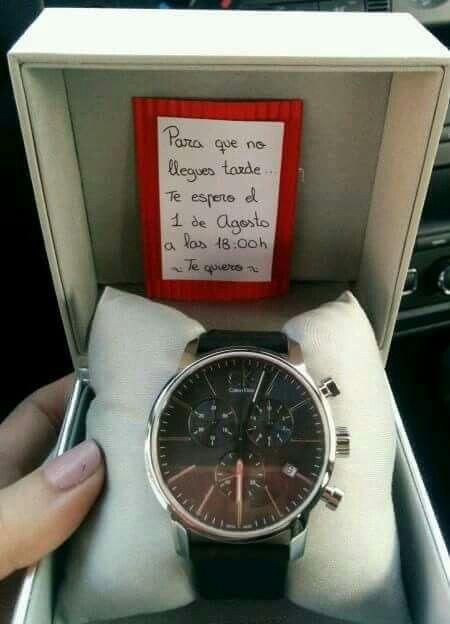 Sorpresa reloj