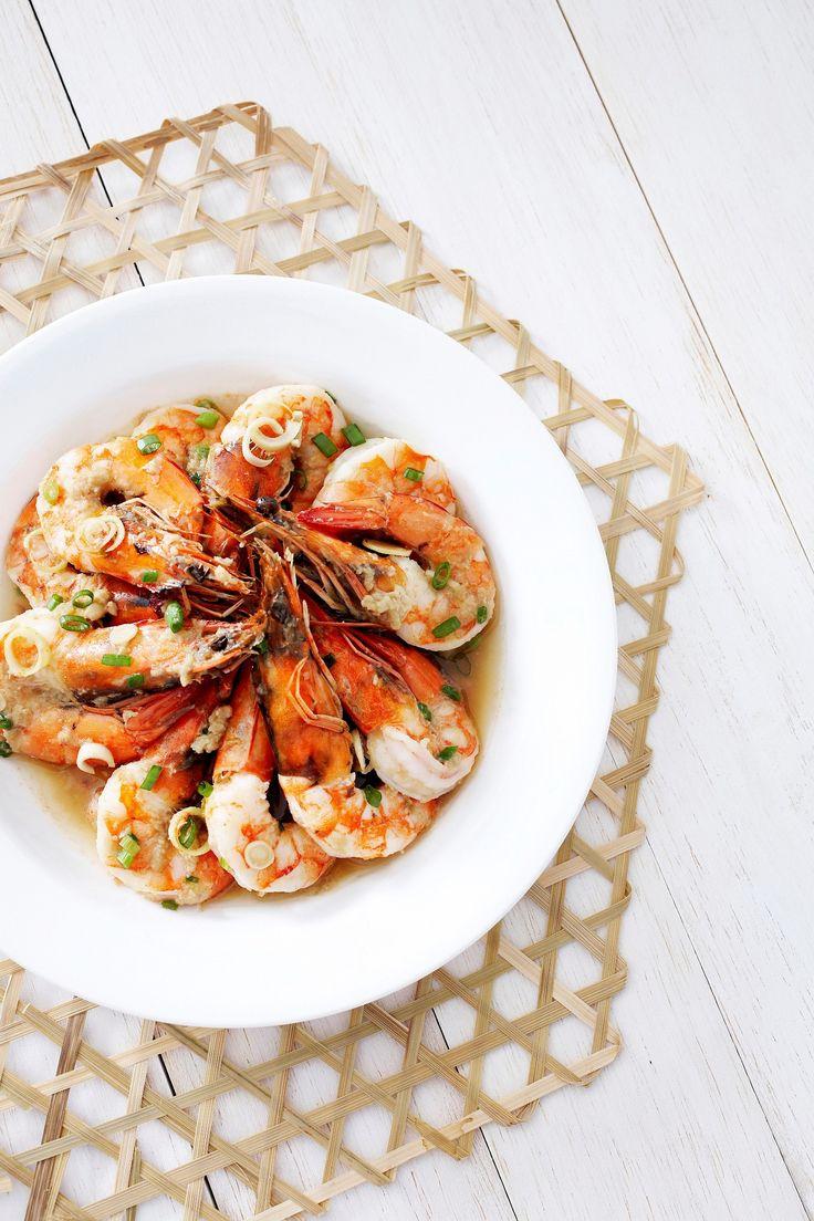 Gember Citroengras #Garnalen Gestoomde Garnalen in #gember- #citroengrassaus  Serveer heet als #tapas, of als maaltijd met rijst en een groene salade.
