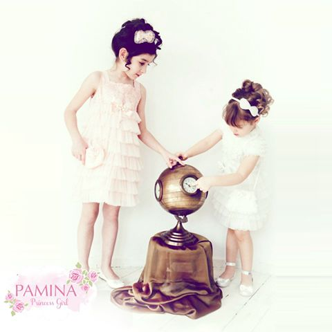 Kız kardeşler benzer giyinmeyi severler   Sisters love smilar clothes...  #clothes #princessgirl #kids #fashionkids