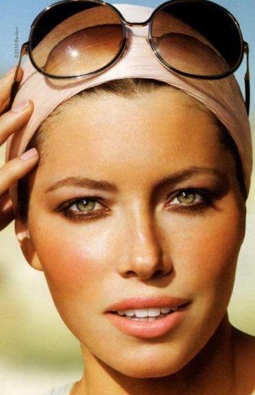 Bronze sun kissed makeup