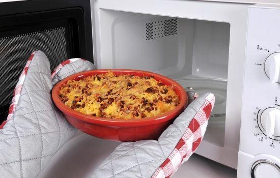 Рецепты пиццы в микроволновке, секреты выбора ингредиентов и
