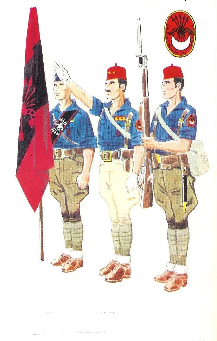 Milicianos de la Bandera de Marruecos de Falange.