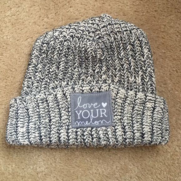 Love Your Melon Grey Knit Hat Never worn, just tried on. Like new condition! Love Your Melon Accessories Hats