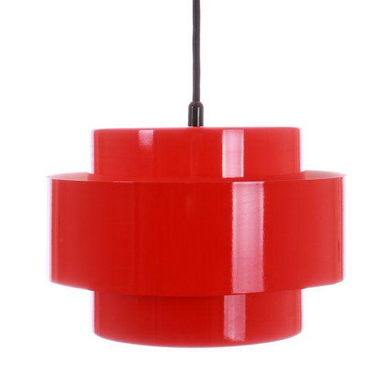 JUNO (RAINBOW LINE) pendant by Jo Hammerborg - 1969 - Fog & Morup. Danish design lighting. Iconic red pendant in good vintage condition.