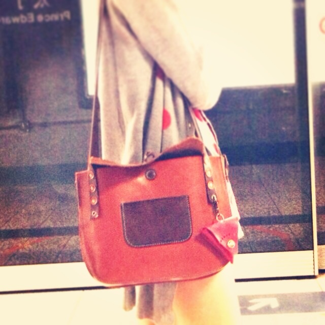 Enjoy my holiday :) #leather #leatherism #leatherbag #handmade #hk #hkig #hkbrand #hkdesign #leatherproducts #leatherworkshop #leatherdesign #ハンドメイド #レザークラフト #レザー #レザーバッグ #革製品