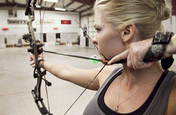 The 5 Best Hunting Bows For Women - Wide Open Spaces