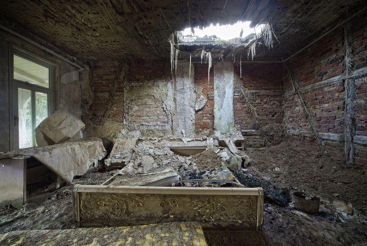 a good night's sleep - #abandoned #urbex #decay #photography #image #mrnorue #derelict #neglect