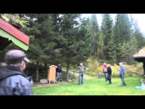 Svartlamon hardkor behind the scenes - Forsøk på å vekke Leif med kinaputt