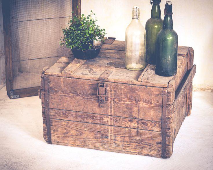ber ideen zu weinkisten regal auf pinterest weinkisten alte weinkisten und regal aus. Black Bedroom Furniture Sets. Home Design Ideas