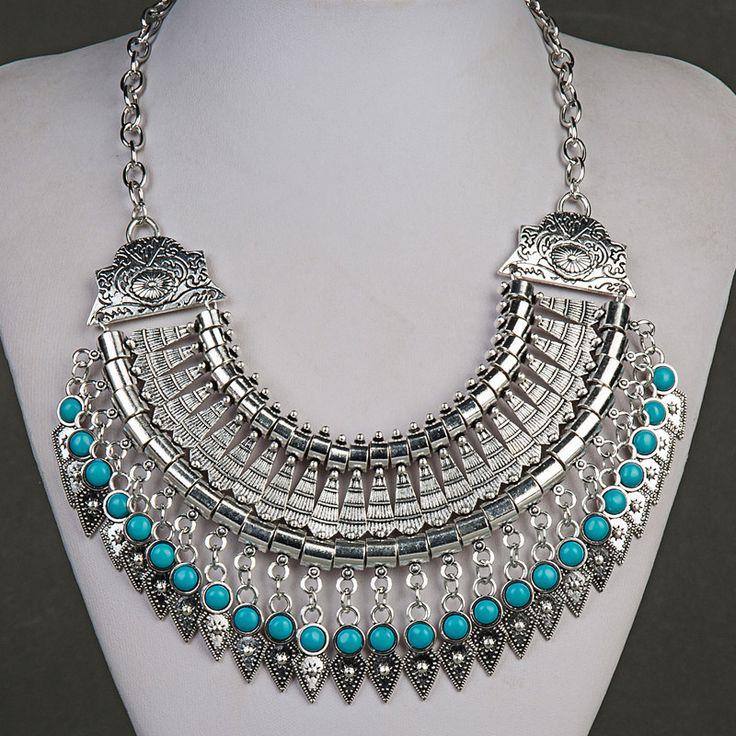 $15 Vintage Bohemian Statement Turquoise Gem Necklace