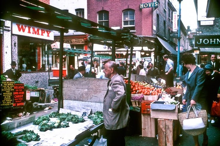 16 Vintage Color Photographs of Street Scenes of London in 1966