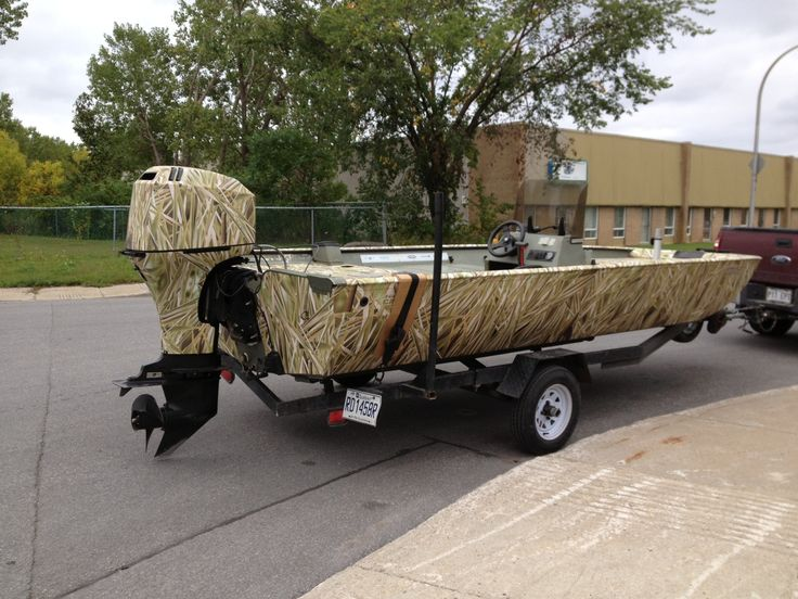 Jon boat wrapped with total camo camouflage camo wrap for Wrap fishing system