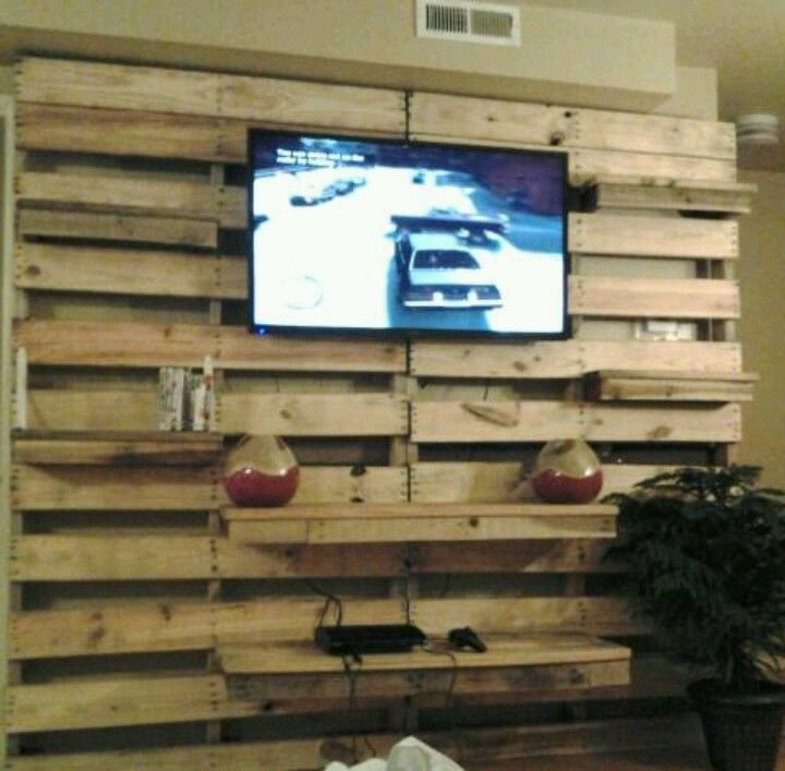 Pallet Entertainment Center Finished Projects