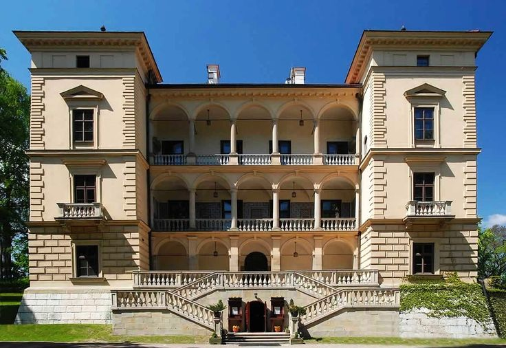 Decius Villa in Wola Justowska was rebuilt in 1630 for Sebastian Lubomirski by Matteo Trapola according to Sebastiano Serlio's treaty