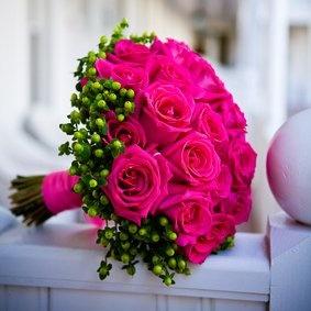 Bouquet de rosas fucsia de Clarina Flores www.clarinaflores.com