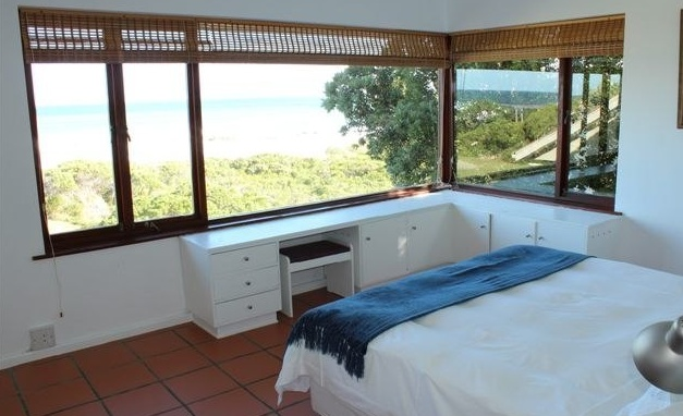 Main bedroom at Sandpipers Beach House